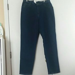 Denim - NWT Lee Riders jeans relaxed